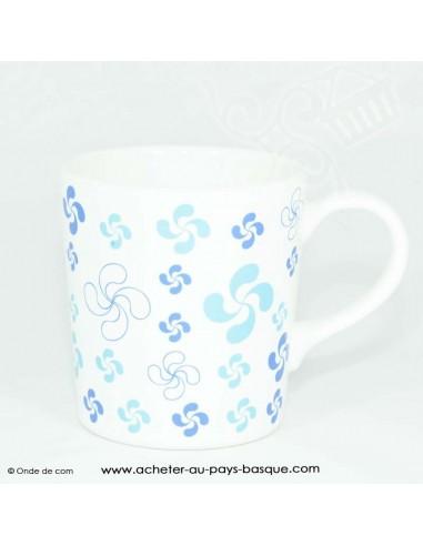 Mug bleu multi croix basque - vaisselle traditionnelle basque - laburu - livraison courses domicile
