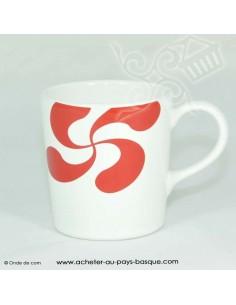 Mug blanc croix basque - vaisselle traditionnelle basque - laburu - livraison courses domicile