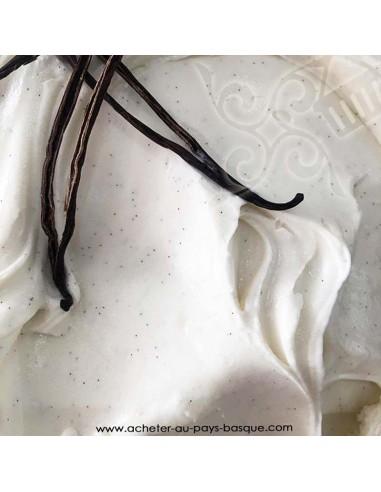 glace parfum vanille - gâteau artisanal - maison dezamy glacier italien biarritz - livraison bayonne anglet