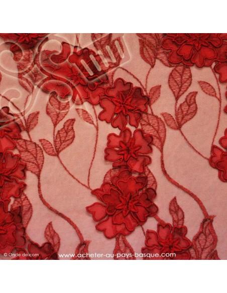 Tissu habillement tulle rouge 3D