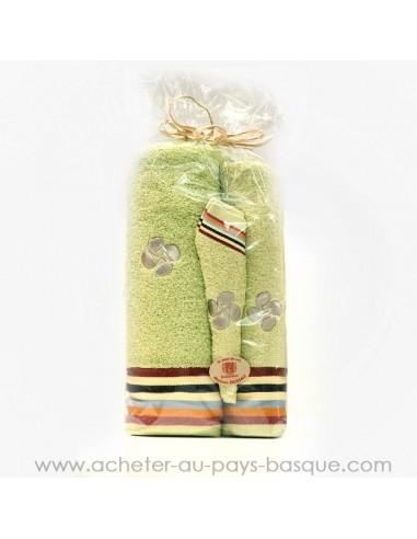 Lot Serviette eponge vert - necessaire toilette - salle de bain Tissus Dussau - Saint Jean de Luz
