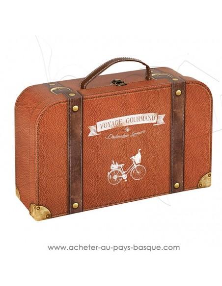 Achetez composez un coffret cadeau illusion valise, très original, incitation au voyage à la gourmandise - poignée simili cuir