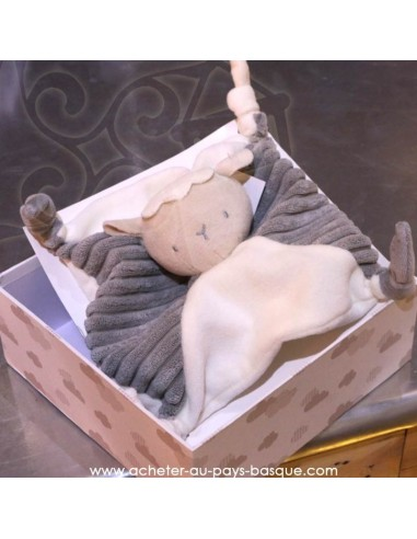 Cadeau naissance : mon premier doudou, Flocon le mouton - Pas Sage et des rêves Biarritz - boutique décoration