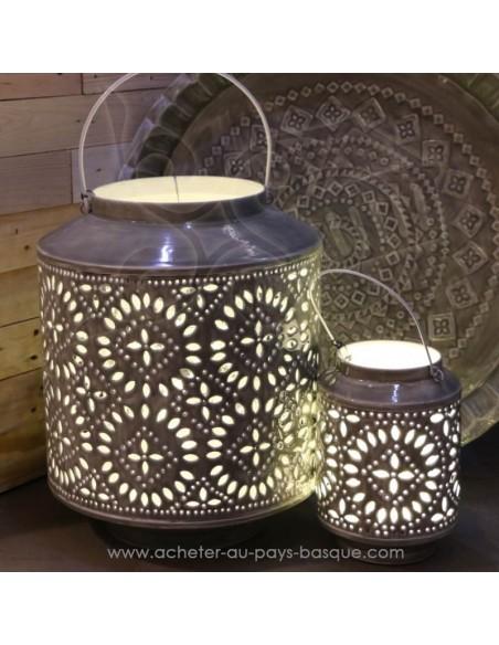 Lanterne en tole peinte gris celadon effet céramique