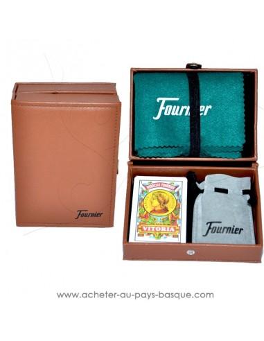 coffret cadeau Basque en simili cuir pour les amateurs de jeux de MUS, le poker basque : le tapis, cartes Espagnoles, tanto.