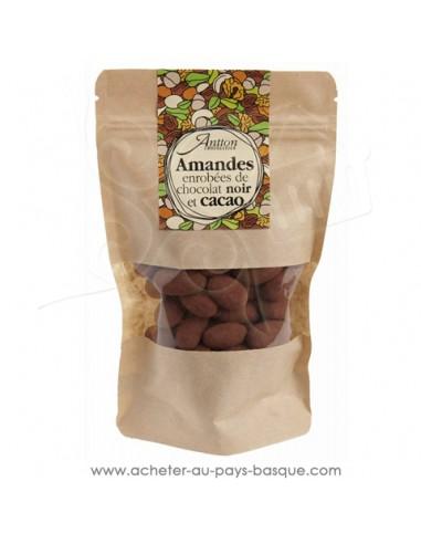 amande croquante torréfiées et enrobées de chocolat Noir 70% un petit cadeau gourmand de chocolats basques maison Antton