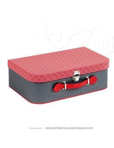 Achetez et composez votre coffret cadeau avec cette Valise carton déco scandinave poignée simili cuir rouge