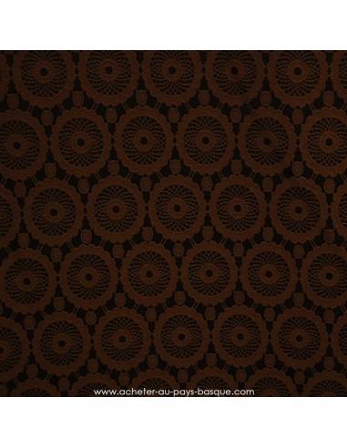 Damassé motif attrapes reves rosaces marron  polyester- Tissus Habillement - Tissus des Docks de la Negresse - Biarritz
