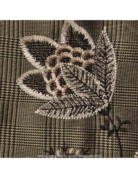 viscose polyester Prince de Galles rebrodé fleurs japonaises - tissu habillement - vetement couturiere - Dock Biarritz