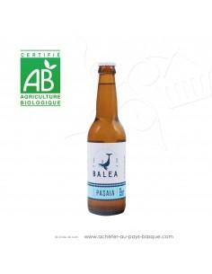 Toute une gamme de bières Basques artisanales Bio ici la Pasaia bière blanche 5 % 33cl - boisson issue agriculture biologique