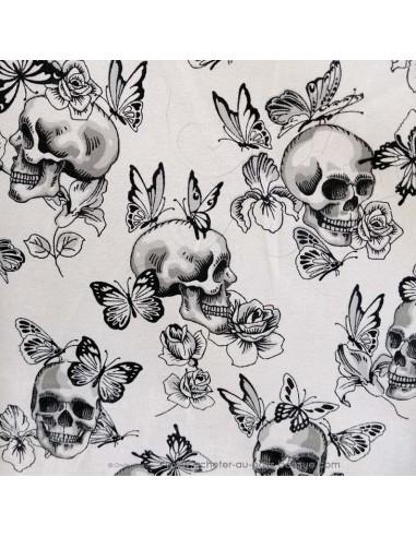 Tissu coton ameublement motifs noirs et blancs papillon et tete de mort cranes - coussin rideaux linge de lit