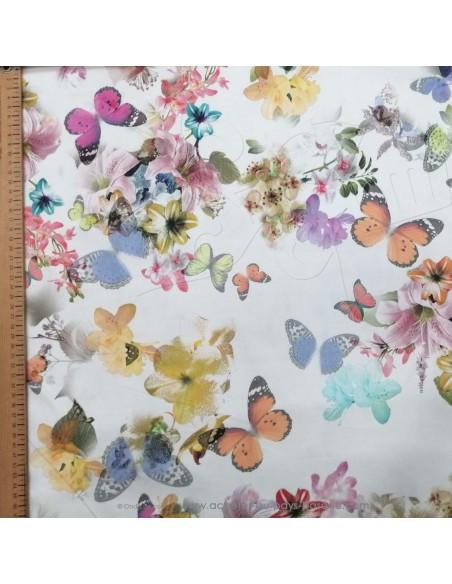 Tissu Satin coton légèrement strech blanc motifs floraux fleurs papillons multicolore - tissus habillement mercerie Biarritz