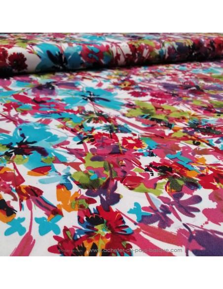 zoom Satin de coton légèrement strech blanc fleuri fleurs bleu fuschia rose violet - tissus habillement au mètre Biarritz